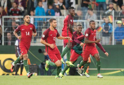 U19 Bồ Đào Nha vs U19 Hà Lan , 20h00 ngày 12/07: Tấm vé cho Seleccao
