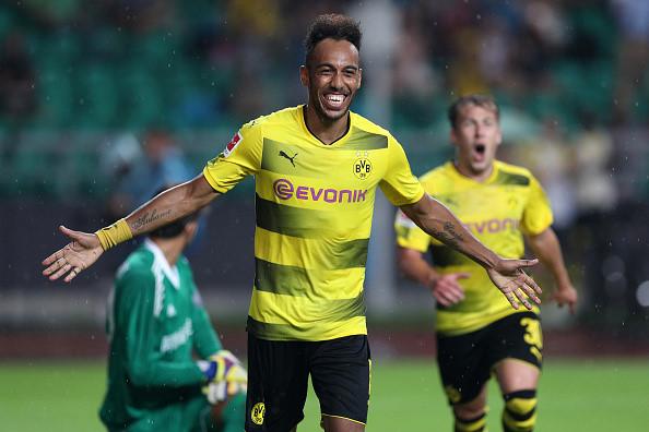 CHÙM ẢNH: Aubameyang tỏa sáng giúp Dortmund dễ dàng đánh bại AC Milan