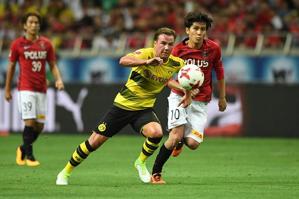 CHÙM ẢNH: Mario Gotze tái xuất Dortmund sau nửa năm vắng bóng vì căn bệnh quái ác