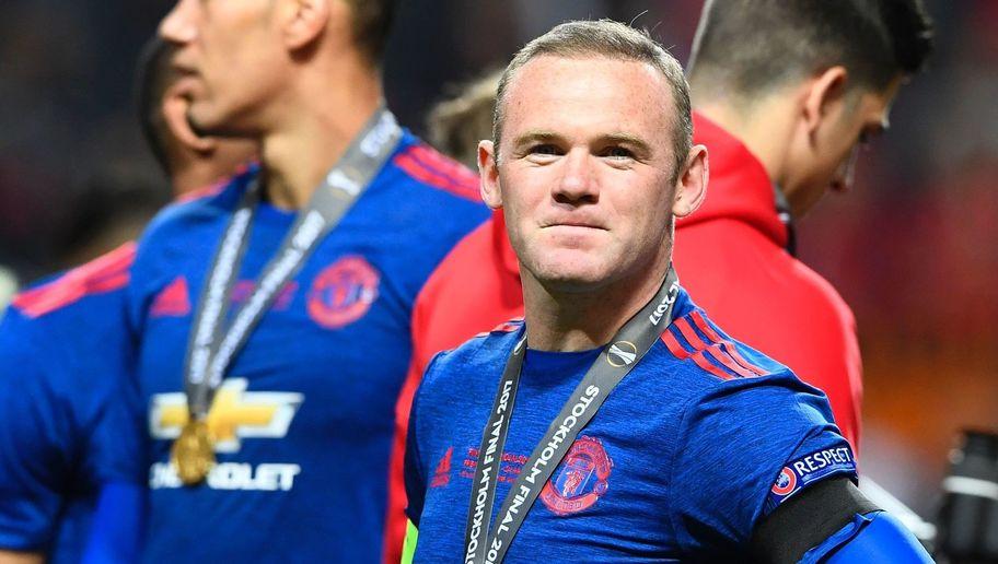 TIẾT LỘ: Rooney đã muốn ra đi từ tháng Giêng và 'xấu hổ' khi giành cú ăn 3 cùng MU