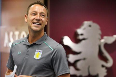 """Vừa """"chân ướt chân ráo"""" tới đội bóng mới John Terry đã được bầu làm đội trưởng"""
