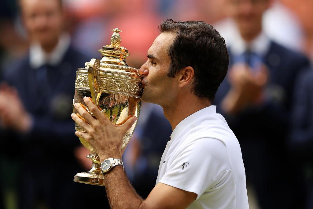 CHÙM ẢNH: Roger Federer rơi lệ khi đi vào lịch sử Wimbledon