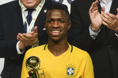 Vinicius Junior: Cơn áp lực khủng khiếp đến từ bản hợp đồng lịch sử