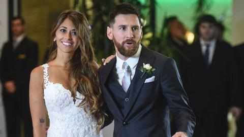 Messi giữ dáng trong tuần trăng mật như thế nào?