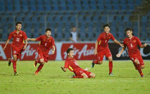 Thắng nghẹt thở sau loạt đấu súng cân não, U15 Việt Nam vô địch ngay trên đất Thái Lan