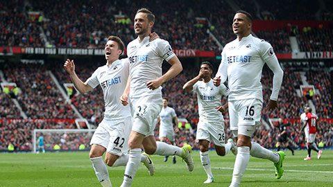 """Everton đề nghị mức giá """"điên rồ"""" cho nhạc trưởng Swansea"""
