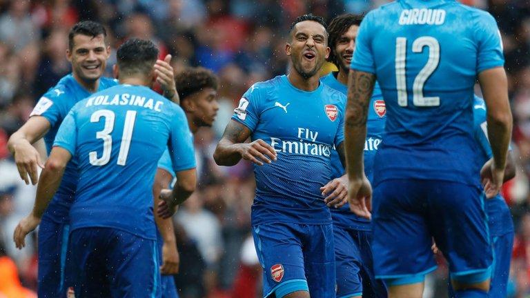 Tân binh rực sáng, Arsenal tạo cơn mưa bàn thắng vào lưới Benfica