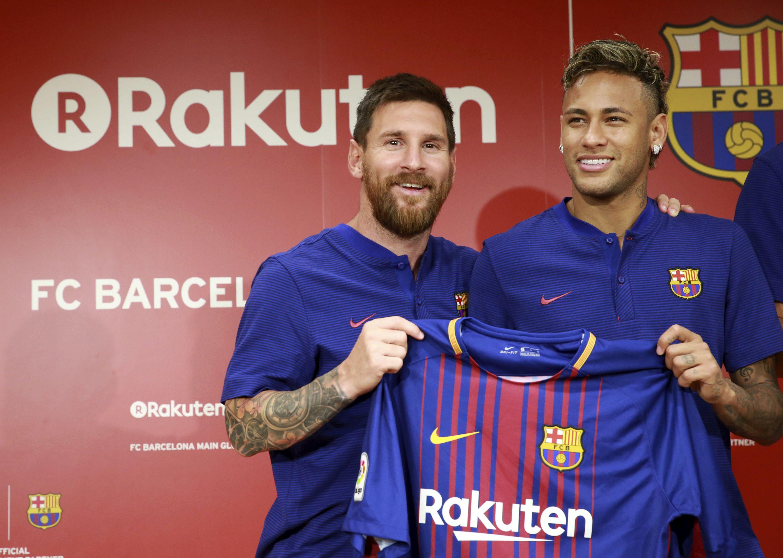 Thất bại trong mùa giải 2017/17, Barcelona vẫn đạt doanh thu kỷ lục