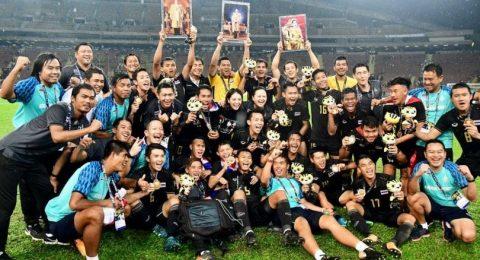 """U22 Thái Lan nhận """"mưa tiền thưởng"""" sau chiến thắng tại SEA Games 29"""