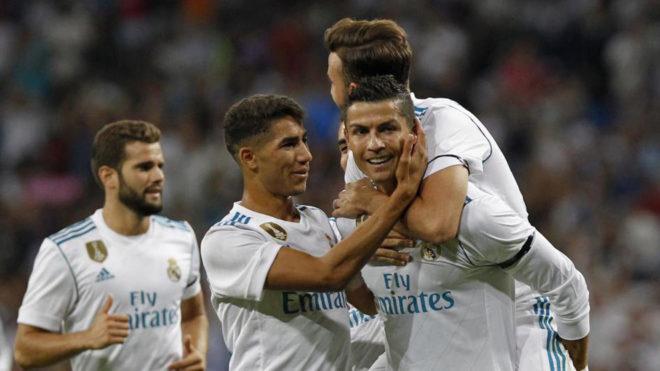 Ronaldo tỏa sáng rực rỡ, Real Madrid giữ Cup bạc ở lại Bernabeu