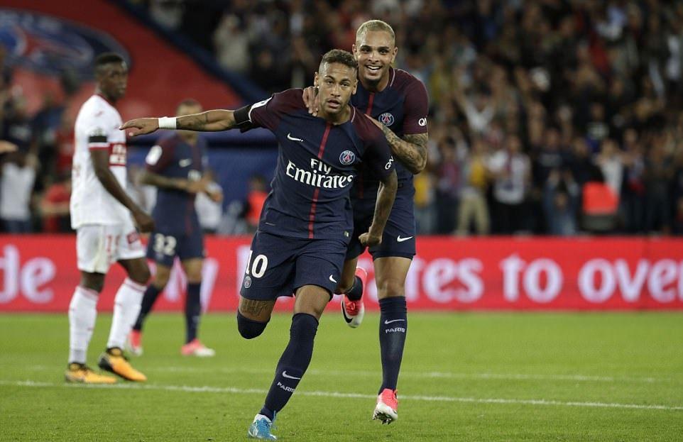 Siêu nhân Neymar tiếp tục phong độ hủy diệt, PSG vùi dập Toulouse trong trận cầu có tới 8 bàn thắng