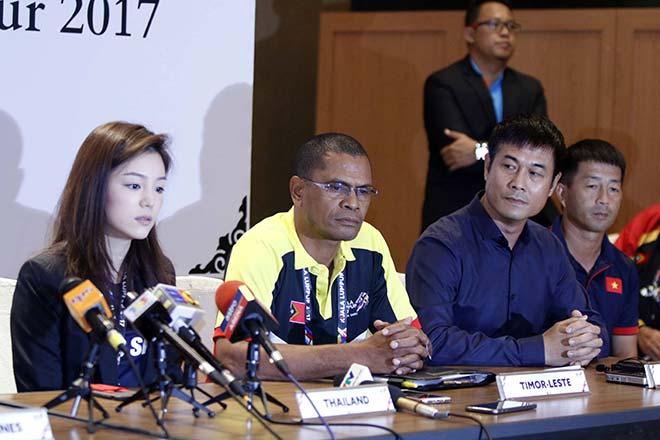 """""""Nữ tướng xinh đẹp"""" của U22 Thái Lan hết lời tâng bốc U22 Việt Nam trước ngày khai màn SEA Games"""