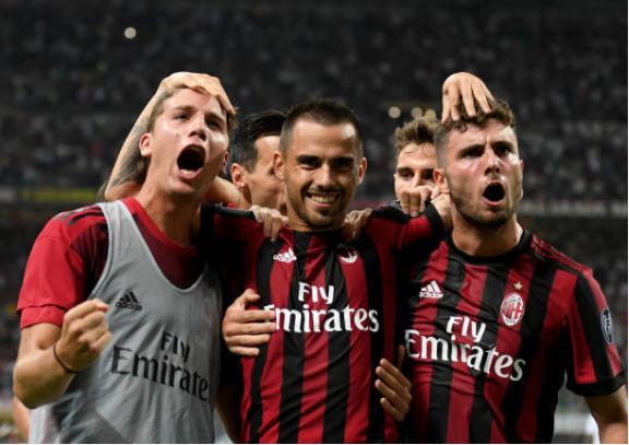 Thắng trận thứ hai liên tiếp, AC Milan vững chân trong nhóm dẫn đầu Serie A