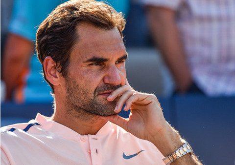 """""""Tàu tốc hành"""" Federer bất ngờ gục ngã trước tài năng trẻ tại Chung kết Rogers Cup 2017"""