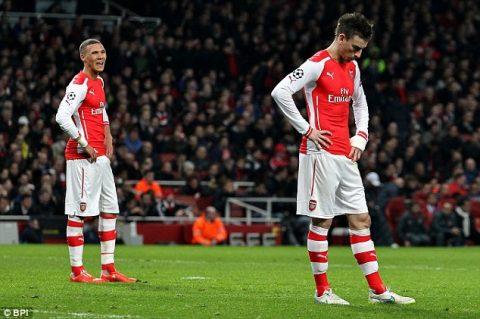 Sau Gabriel Paulista, Arsenal tiếp tục chia tay hậu vệ
