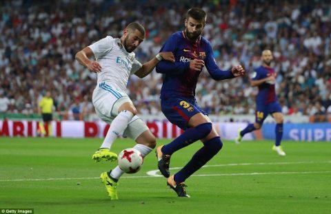 """Đến Gerard Pique cũng phải cay đắng thừa nhận: """"Lần đầu tiên sau 9 năm, Barca mới thua kém Real nhiều đến vậy"""""""