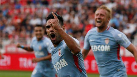"""CHÙM ẢNH: Không Mbappe, """"Mãnh hổ"""" Falcao vẫn gầm vang trời với cú hat-trick giúp Monaco đi vào lịch sử Ligue 1"""