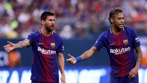"""TIẾT LỘ: Messi đã """"hạ mình"""" năn nỉ Neymar ở lại Barca bằng lời hứa béo bở"""