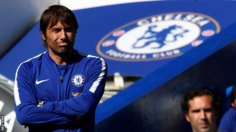 """Sau trận thua vỡ mặt, Conte lập tức đứng đầu danh sách… bị """"xử trảm"""""""