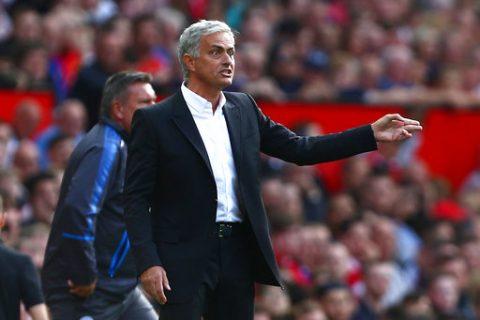 Điểm tin sáng 28/8: Mourinho chê trách các CĐV Quỷ đỏ, Arsenal nhận chỉ trích dữ dội sau thảm bại