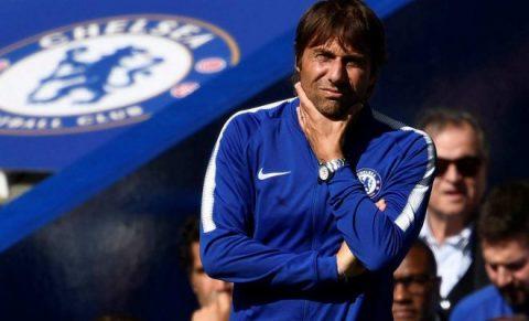 Thua sốc trước đội nhược tiểu, HLV Conte tỏ thái độ với trọng tài