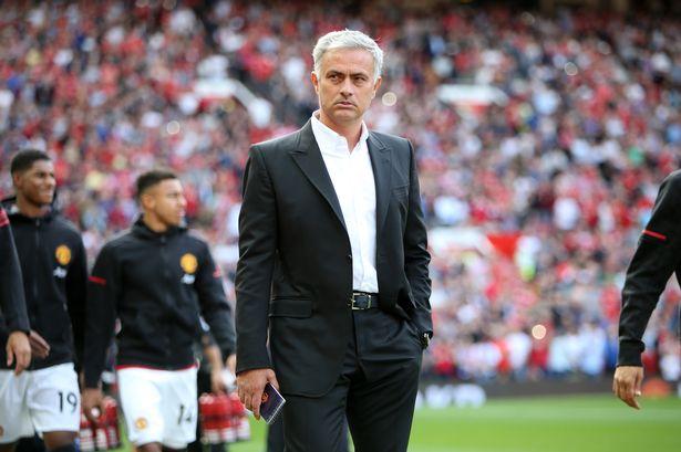 """""""Sau Sir Alex Ferguson, chẳng có ai xuất sắc bằng Mourinho"""""""