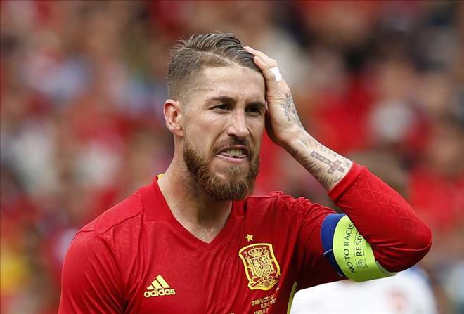 Sergio Ramos bất ngờ khi Villa được gọi lên tuyển sau 3 năm vắng bóng