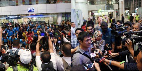 CHÙM ẢNH: Đổ bộ xuống Malaysia dự SEA Games, U22 VN được đông đảo truyền thông chủ nhà săn đón