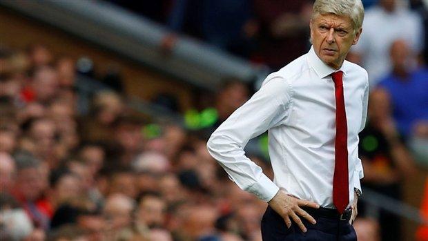 """""""Wenger chắc hẳn đang rất căm thù Arsenal"""""""