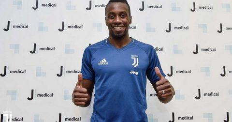 CHÙM ẢNH: Matuidi rạng rỡ ra mắt Juventus, chọn xong số áo
