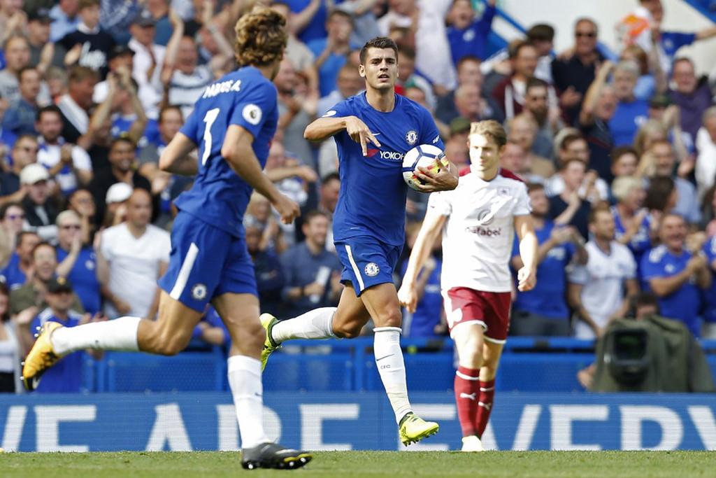 """Chelsea tạo sự kiện hy hữu có 1-0-2 trong lịch sử Ngoại Hạng Anh sau trận thua """"muối mặt"""" trước Burnley"""