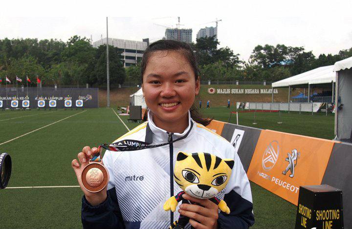 Châu Kiều Oanh: Từ cô gái bé nhỏ từng không kéo được cung đến việc vừa phá kỷ lục SEA Games