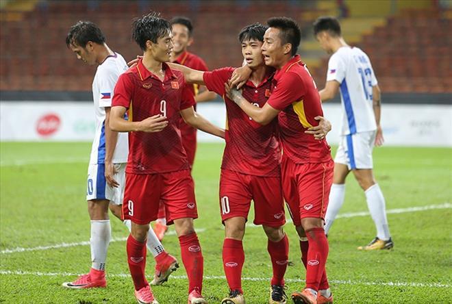 ĐHTB vòng bảng SEA Games 29: Việt Nam đóng góp 3 cái tên dù bị loại