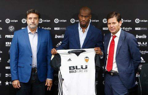 Chùm ảnh: Kondogbia bảnh bao ngày trở lại La Liga