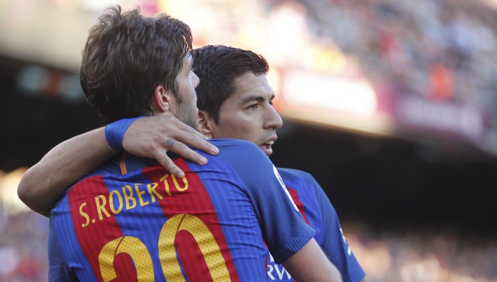 """Điểm tin sáng 18/8: Barca gặp đại họa với Suarez, Sergi Roberto """"nằng nặc"""" đòi tới M.U"""