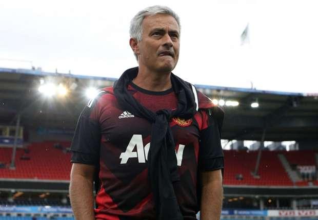 Jose Mourinho chuẩn bị có tiền đạo đồng hương cực chất lượng