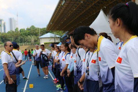 """Chủ nhà Malaysia lại tiếp tục """"làm khổ"""" đoàn thể thao Việt Nam"""