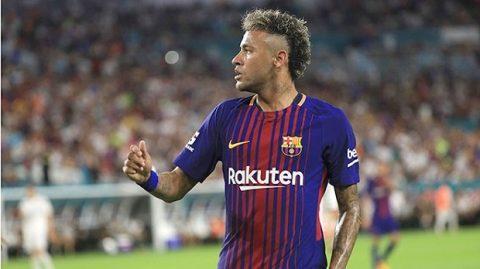 Nhạo báng tin đồn mình không bay về Barca, Neymar quay clip cười hỉ hả
