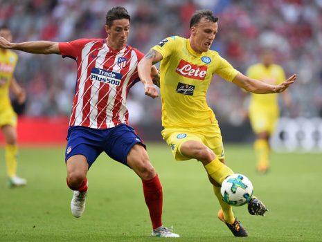"""CHÙM ẢNH: """"Idol"""" Torres lập tuyệt phẩm, Atletico hạ đẹp Napoli thẳng tiến chung kết Audi Cup"""