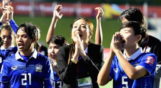 """Bóng đá nữ Thái Lan bất ngờ tố bị """"cướp"""" huy chương vàng"""
