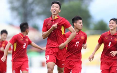 Tỏa sáng trong đại thắng 4 sao của U22 Việt Nam, Văn Hậu lập kỷ lục SEA Games