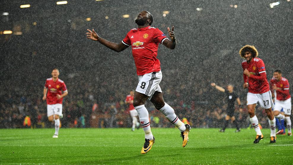 Lukaku tiếp tục toả sáng, MU đại thắng ngày trở lại Champions League