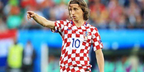 Luka Modric tố FIFA đối xử tệ bạc với các cầu thủ, không khác gì trong quân đội