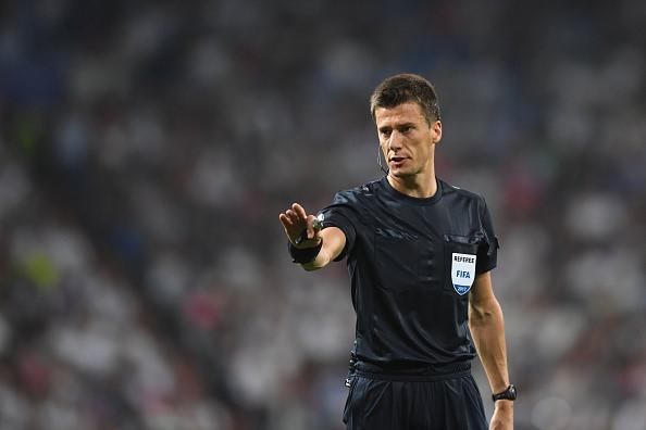 Trọng tài mắc sai lầm đến 2 lần tại Champions League 2017/18