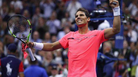 """""""Tốc hành"""" đánh bại đối thủ tuổi teen trong 96 phút, Nadal hẹn Federer ở Bán kết US Open"""