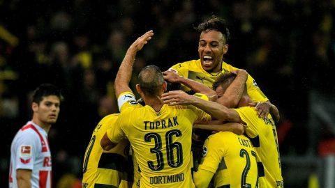 Đại thắng trước Cologne, Dortmund xây chắc ngôi đầu bảng