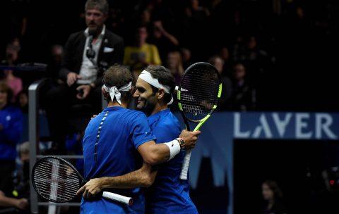 Federer, Nadal thắng nhọc nhằn trong lần đầu đánh cặp