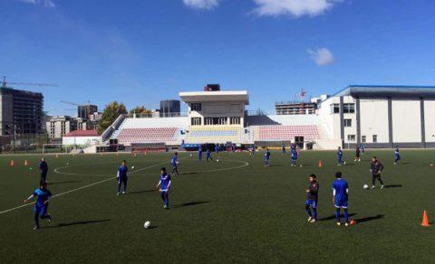 U16 Việt Nam làm quen với sân cỏ nhân tạo ở vòng loại châu Á 2018