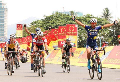 Chặng 11 giải đua xe đạp VTV Cup: Đội Philippines Navy giành chiến thắng