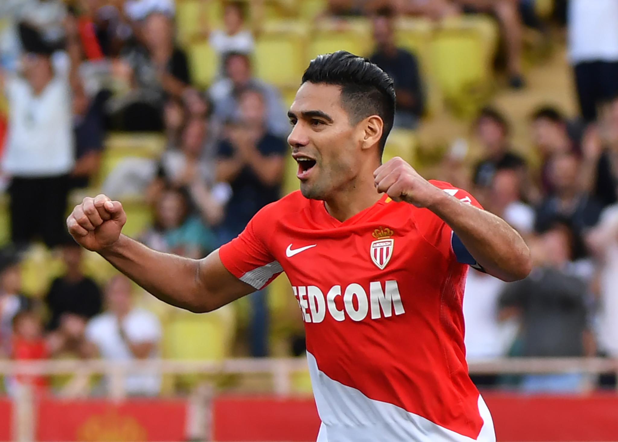 Mãnh hổ gầm vang, Monaco dễ dàng đả bại Strasbourg